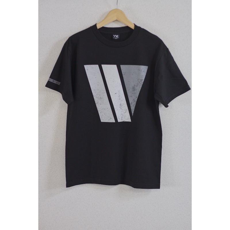 we big w tee black